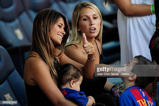 Antonella Roccuzzo jogging with his son Thiago before the FC Barcelona vs Real Betis Balompié at Nou Camp on August 20 2016 in Barcelona Spain 'n