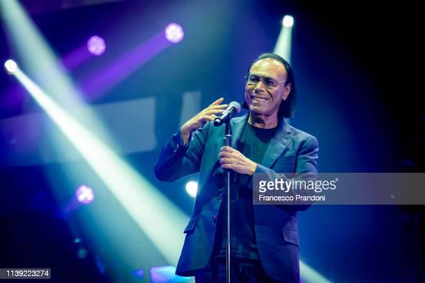 Antonello Venditti performs at Mediolanum Forum on March 29, 2019 in Milan, Italy.
