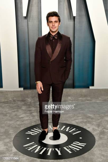 Antoni Porowski attends the 2020 Vanity Fair Oscar Party hosted by Radhika Jones at Wallis Annenberg Center for the Performing Arts on February 09,...