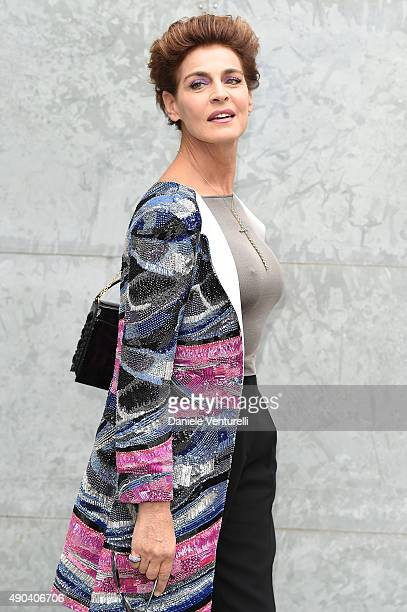 Antonia Dell'Atte arrives at the Giorgio Armani show during the Milan Fashion Week on September 28 2015 in Milan Italy