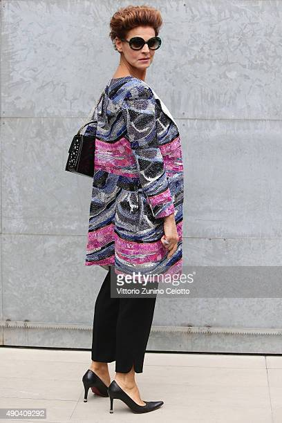 Antonia Dell'Atte arrives at the Giorgio Armani show during the Milan Fashion Week Spring/Summer 2016 on September 28 2015 in Milan Italy
