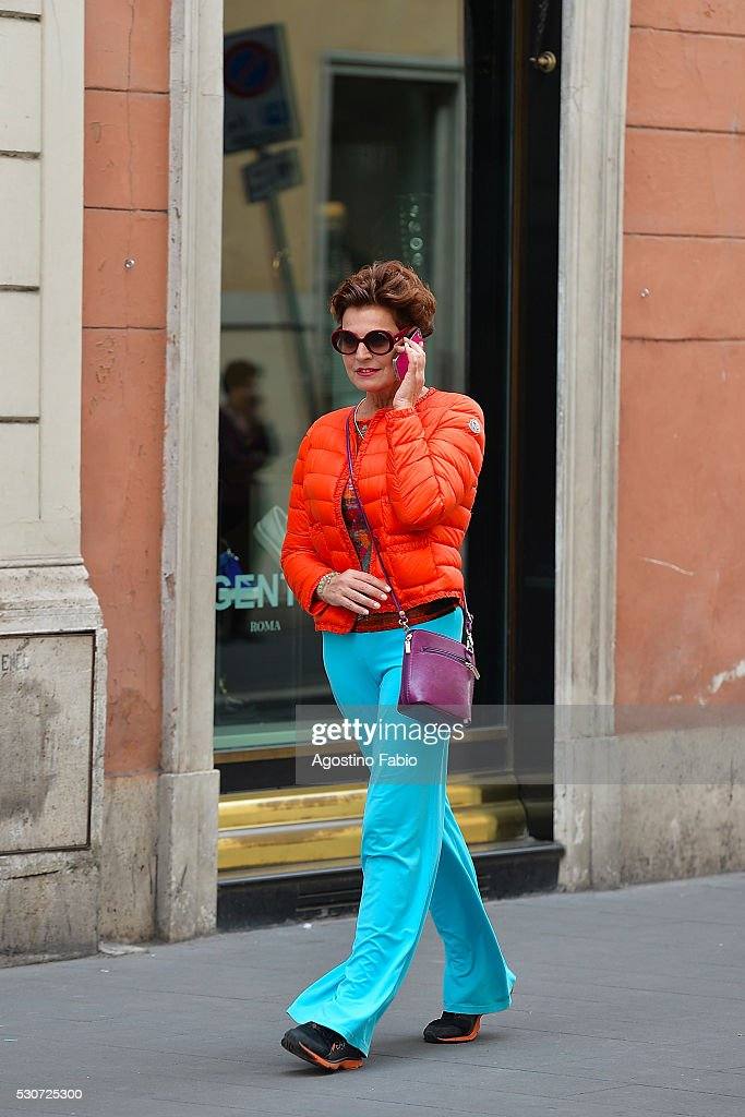 Celebrity Sightings Antonia Dell'Atte In Rome - May 11, 2016 : Photo d'actualité