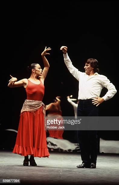 Antonia Gades and Stella Arauzo in Bizet's Carmen