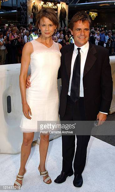 Antonia Kidman and her husand Angus Hawley arrive for the Australian premiere of the film 'Cold Mountain' at the State Theatre on December 17 2003 in...