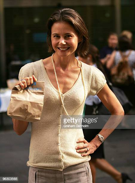 Antonia Kidman hands out free packed lunches to commuters to mark the start of ANZ bank's 'FebuSave' initiative at Martin Place on February 1 2010 in...