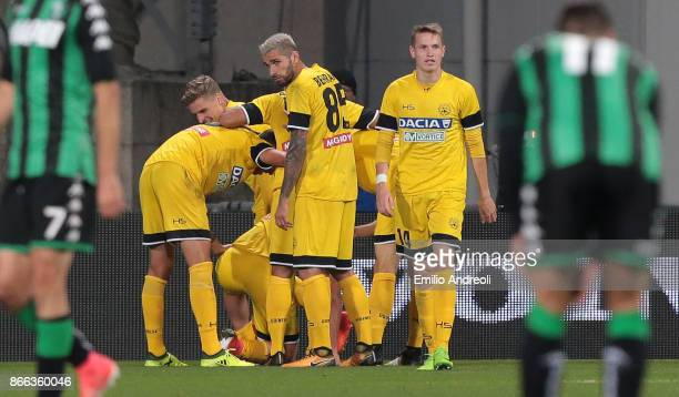 Antonin Barak of Udinese Calcio celebrates with his teammates after scoring the opening goal during the Serie A match between US Sassuolo and Udinese...