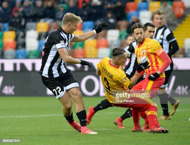 Antonin Barak of Udinese Calcio scores his opening goal during the Serie A match between Udinese Calcio and Benevento Calcio at Stadio Friuli on...