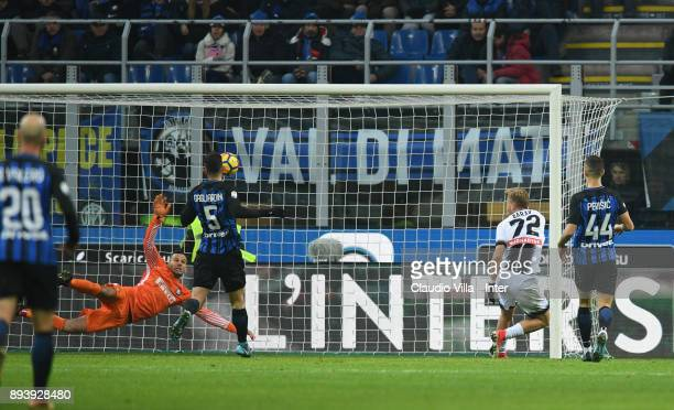 Antonin Barak of Udinese Calcio scores the third goal during the Serie A match between FC Internazionale and Udinese Calcio at Stadio Giuseppe Meazza...