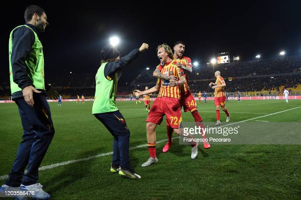 Antonin Barak of US Lecce celebrates with his teammates after scoring the 20 goal during the Serie A match between US Lecce and Torino FC at Stadio...