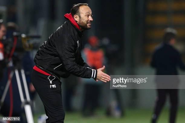 Antonino Asta head coach of Teramo Calcio 1913 during the Lega Pro 17/18 group B match between Teramo Calcio 1913 and SS Sambenedettese at Gaetano...