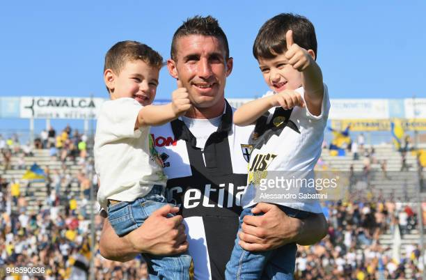 Antonino Barillà of Parma Calcio celebrates the victory with his sons after the serie B match between Parma Calcio and Carpi FC at Stadio Ennio...