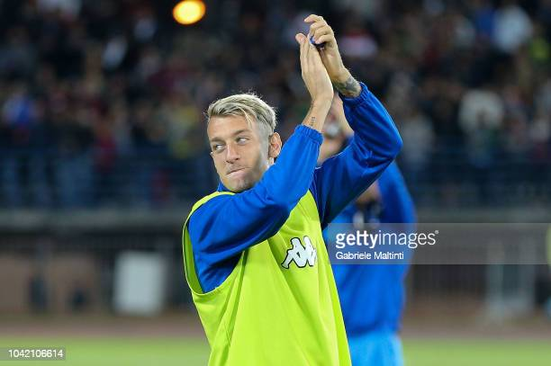 Antonino La Gumina of Empoli Fc greets fans after the serie A match between Empoli and AC Milan at Stadio Carlo Castellani on September 27 2018 in...