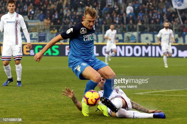 Antonino La Gumina of Empoli FC in action during the Serie A match between Empoli and UC Sampdoria at Stadio Carlo Castellani on December 22 2018 in...