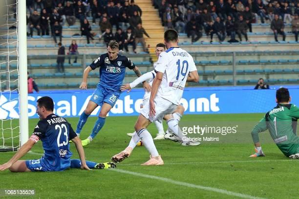Antonino La Gumina of Empoli FC scores a goal during the Serie A match between Empoli and Atalanta BC at Stadio Carlo Castellani on November 25 2018...