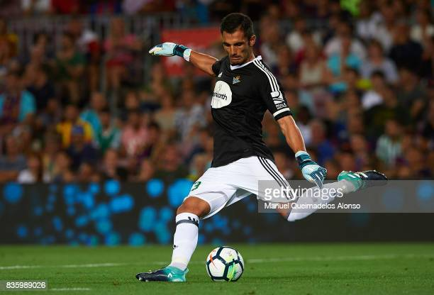 Antonio Adan of Betis in action during the La Liga match between Barcelona and Real Betis at Camp Nou on August 20 2017 in Barcelona Spain
