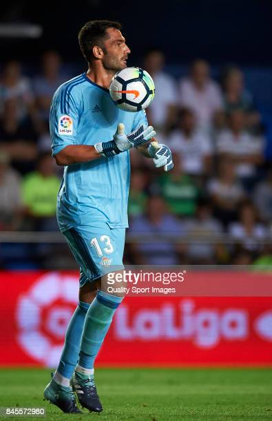 Antonio Adan of Betis looks on during the La Liga match between Villarreal CF and Real Betis at Estadio de la Ceramica on September 10 2017 in...