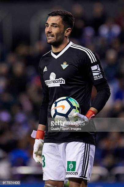 Antonio Adan of Real Betis reacts during the La Liga match between Deportivo La Coruna and Real Betis at Riazor Stadium on February 12 2018 in La...