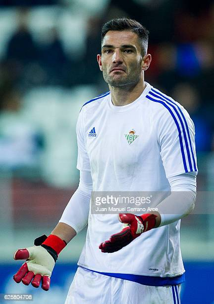 Antonio Adan of Real Betis reacts during the La Liga match between SD Eibar and Real Betis Balompie at Ipurua Municipal Stadium on November 25 2016...