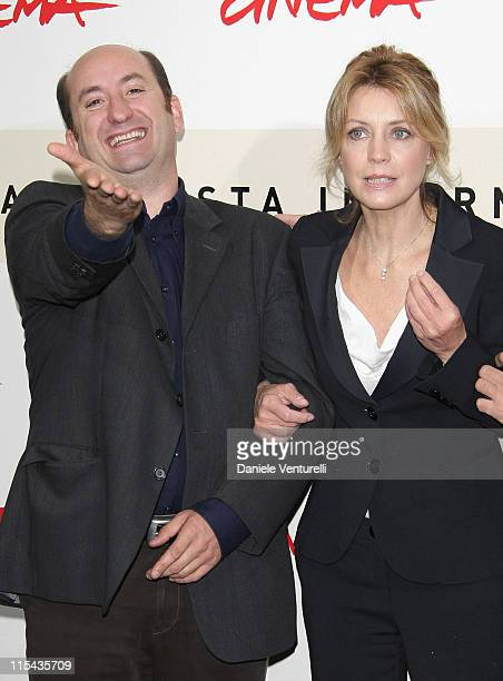 Antonio Albanese and Margherita Buy attend the 'Giorni E Nuvole' photocall during Day 5 of the 2nd Rome Film Festival on October 22, 2007 in Rome,...