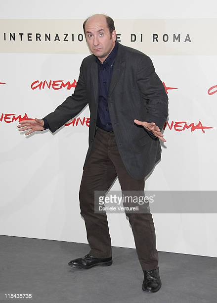 Antonio Albanese attends the 'Giorni E Nuvole' photocall during Day 5 of the 2nd Rome Film Festival on October 22, 2007 in Rome, Italy.