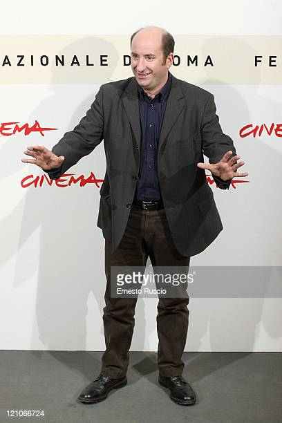 "Antonio Albanese during the photocall for ""Giorni E Nuvole"" at the Auditorium at the Rome Cinema Fest on October 22, 2007 in Rome, Italy."