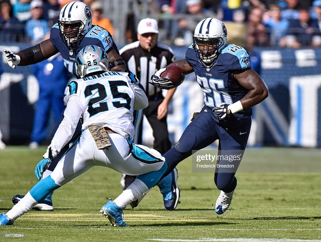 Antonio Andrews #26 of the Tennessee Titans plays against the Carolina Panthers at Nissan Stadium on November 15, 2015 in Nashville, Tennessee.