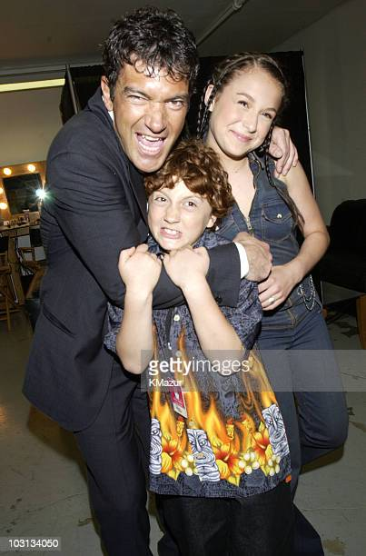 Antonio Banderas Alexa Vega and Daryl Sabara