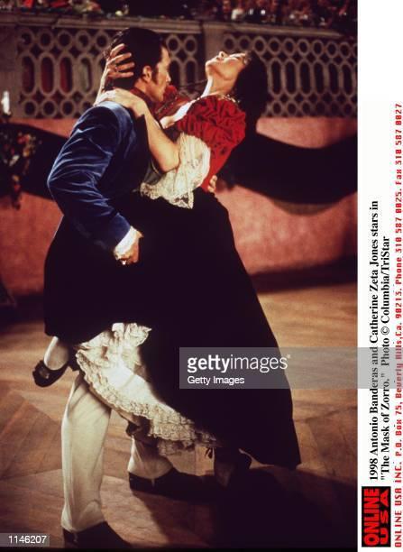 Antonio Banderas and Catherine Zeta Jones stars in The Mask of Zorro