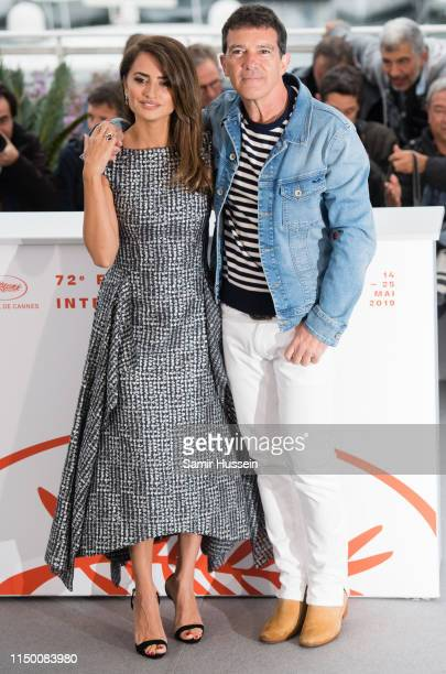 """Antonio Banderas and Penelope Cruz attend the photocall for """"Pain And Glory """" during the 72nd annual Cannes Film Festival on May 18, 2019 in Cannes,..."""