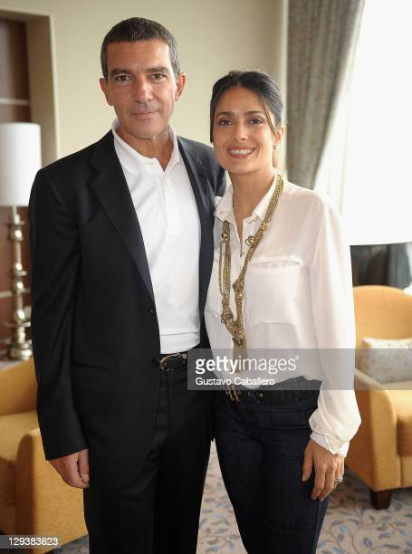 Antonio Banderas and Salma Hayek attend Allure of the Seas premiere of PUSS IN BOOTS at Port Everglades on October 16, 2011 in Fort Lauderdale,...