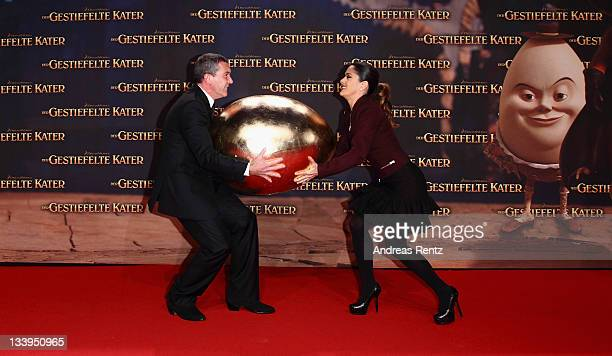 Antonio Banderas and Salma Hayek attend the German Premiere 'Der Gestiefelte Kater' at CineStar on November 22 2011 in Berlin Germany