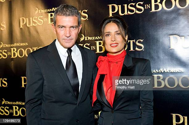 """Antonio Banderas and Salma Hayek attend the """"Puss in Boots"""" Screening the at Kerasotes Showplace ICON on October 17, 2011 in Chicago, Illinois."""