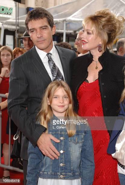 Antonio Banderas Melanie Griffith and daughter Stella
