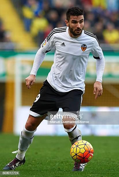 Antonio Barragan of Valencia runs with the ball during the La Liga match between Villarreal CF and Valencia CF at El Madrigal on December 31 2015 in...