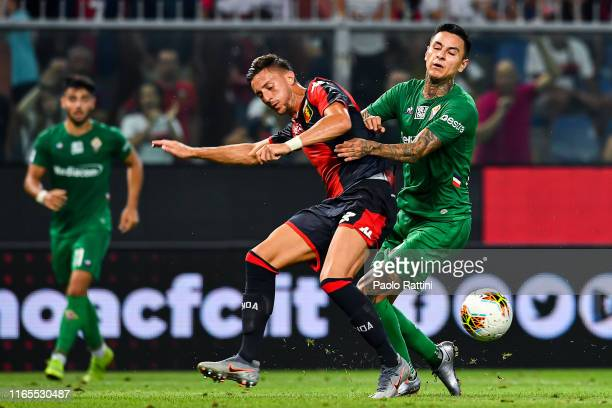 Antonio Barreca of Genoa and Erick Pulgar of Fiorentina during the Serie A match between Genoa CFC and ACF Fiorentina at Stadio Luigi Ferraris on...