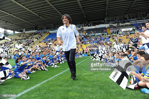 Antonio Benarrivo celebrates the twentieth anniversary of the conquest of the Cup Winner's Cup at Wembley prior to the Serie A match between Parma FC...