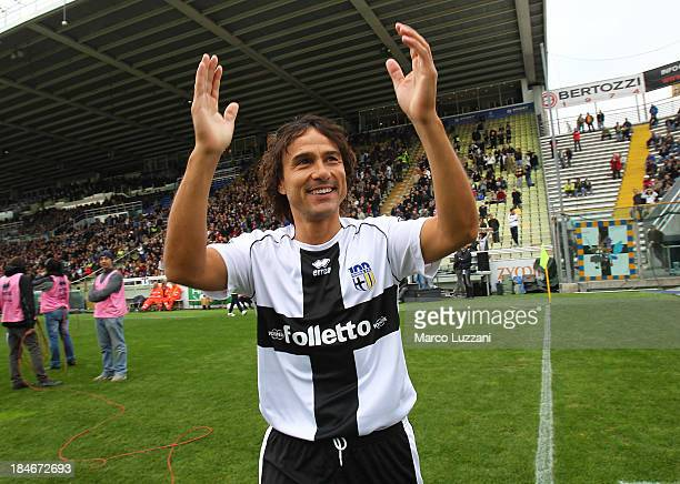 Antonio Benarrivo of Stelle Crociate salutes the crowd before the 100 Years Anniversary match between Stelle Crociate and US Stelle Gialloblu at...