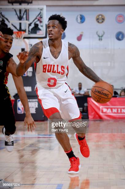 Antonio Blakeney of the Chicago Bulls handles the ball against the Atlanta Hawks during the 2018 Las Vegas Summer League on July 10 2018 at the Cox...
