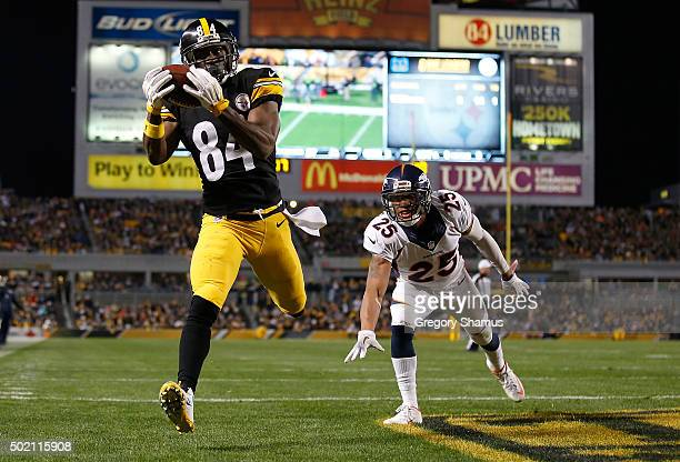 Antonio Brown of the Pittsburgh Steelers catches a touchdown pass in the third quarter of the game against the Denver Broncos at Heinz Field on...