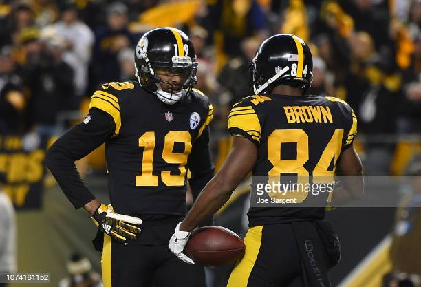 Antonio Brown of the Pittsburgh Steelers celebrates with JuJu SmithSchuster after a 17 yard touchdown reception in the first quarter during the game...