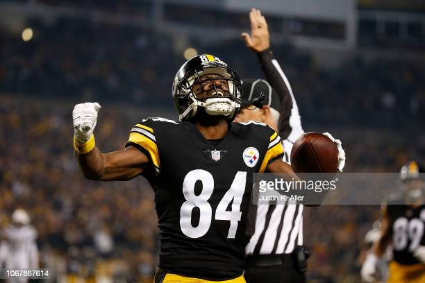 Antonio Brown of the Pittsburgh Steelers reacts after a 46 yard reception in the first quarter during the game against the Los Angeles Chargers at...