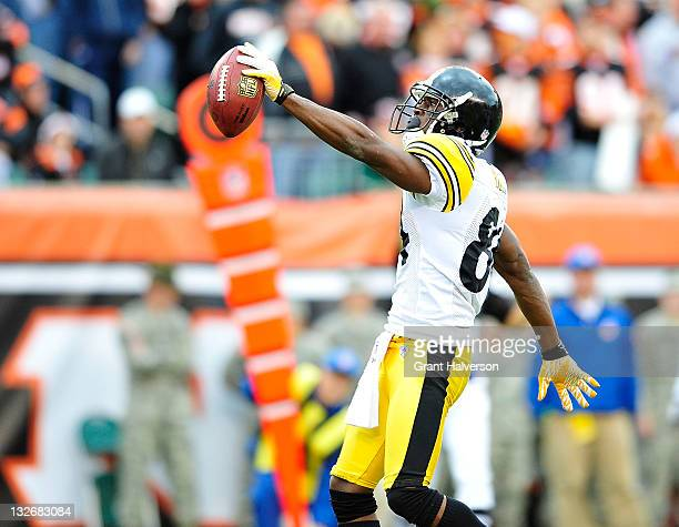 Antonio Brown of the Pittsburgh Steelers reacts after making a first-down reception against the Cincinnati Bengals during play at Paul Brown Stadium...