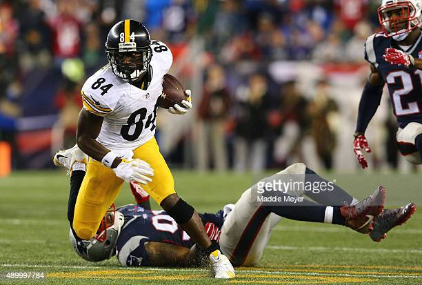 Antonio Brown of the Pittsburgh Steelers runs after a catch against the New England Patriots at Gillette Stadium on September 10 2015 in Foxboro...