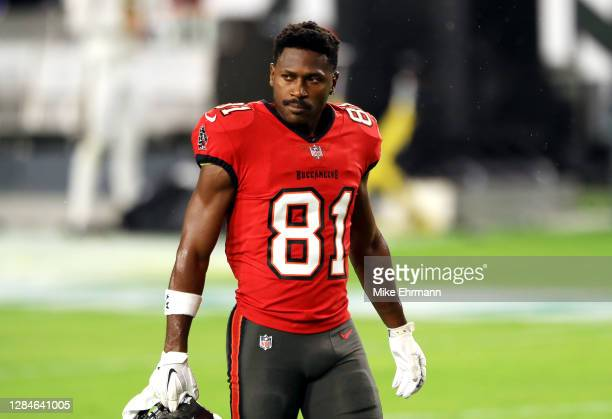 Antonio Brown of the Tampa Bay Buccaneers looks on before the game against the New Orleans Saints at Raymond James Stadium on November 08, 2020 in...