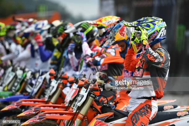 PANGKALPINANG BANGKA INDONESIA JUNE 30 Antonio Cairoli of Red Bull KTM Factory Racing Team starts during MXGP Qualifying race on day one of the FIM...