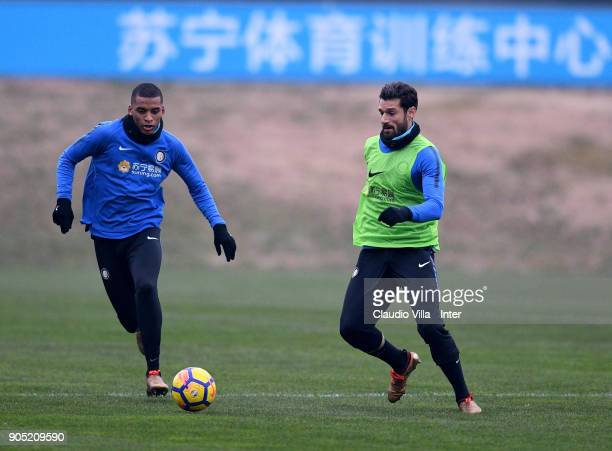 Antonio Candreva andDalbert Henrique Chagas Estevão of FC Internazionale compete for the ball during the FC Internazionale training session at Suning...