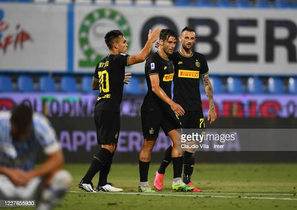Antonio Candreva of FC Internazionale celebrates after scoring the opening goal during the Serie A match between SPAL and FC Internazionale at Stadio...