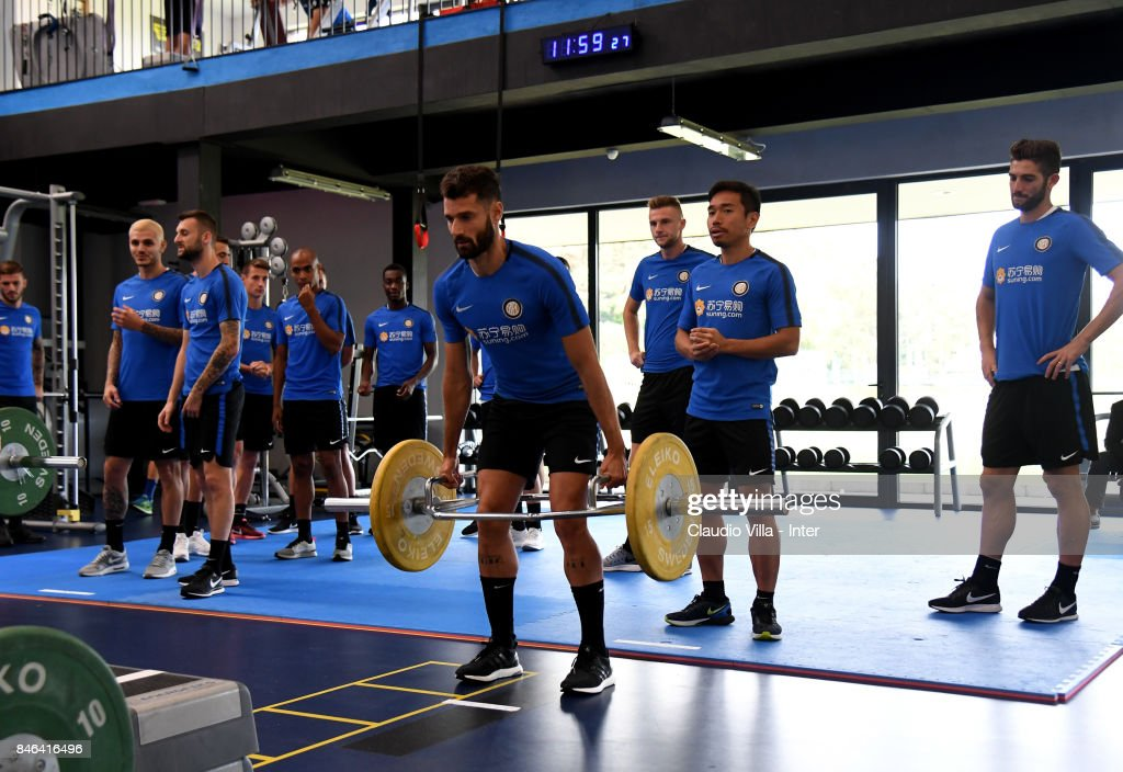 Antonio Candreva of FC Internazionale in action during a training session at Suning Training Center at Appiano Gentile on September 13, 2017 in Como, Italy.