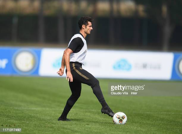 Antonio Candreva of FC Internazionale in action during FC Internazionale training session at Appiano Gentile on September 26 2019 in Como Italy