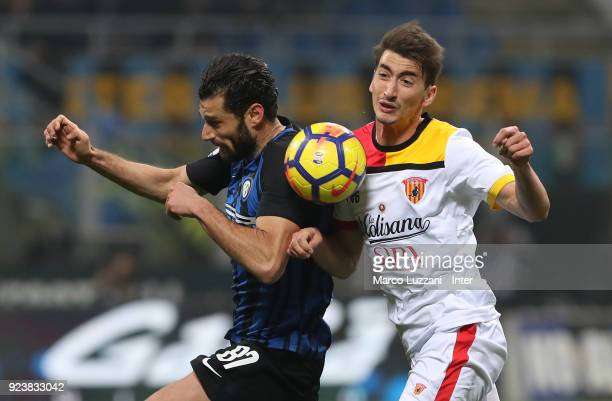 Antonio Candreva of FC Internazionale in action during the serie A match between FC Internazionale and Benevento Calcio at Stadio Giuseppe Meazza on...